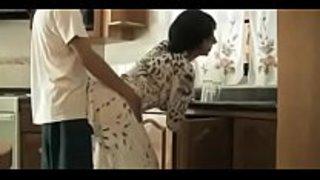 سكس في قميص النوم في المطبخ ايطاليا مارس الجنس العربي على Wahmbahm Com