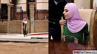 فيلم سكس محجبات مارس الجنس العربي على Wahmbahm Com