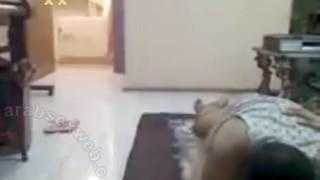 سكس كاميرا خفية مارس الجنس العربي على Wahmbahm.com