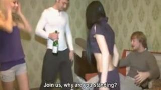 مؤخرات مذيعات قناة العربية مارس الجنس العربي على Wahmbahm.com